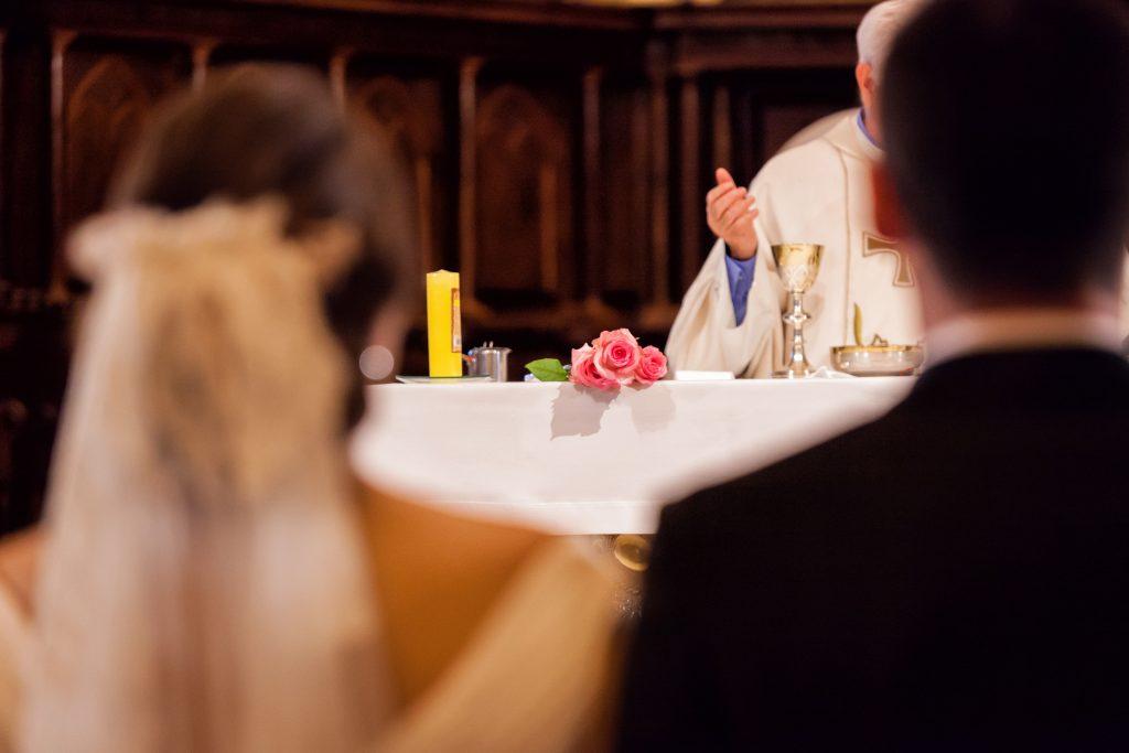 Conheça mais sobre os Sacramentos da Igreja  - Matrimônio